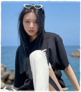 ITZY(イッジ)ユナのカップサイズは?かわいい水着姿画像もスタイルいい?